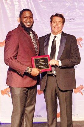 CMA Award (Web).jpg