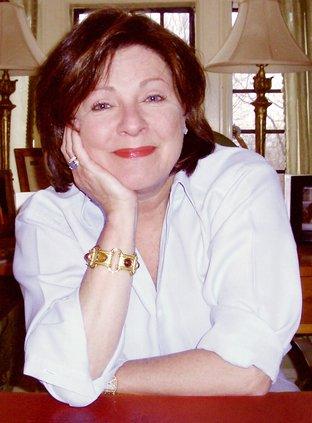 Dorothea Benton Frank (W).jpg